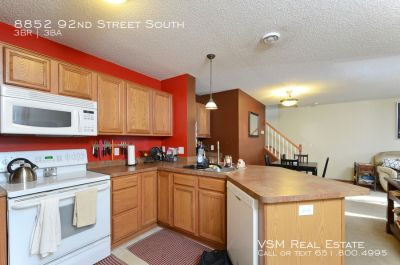 GORGEOUS 3 bedroom, 2.5 bathroom townhome in Cottage Grove is available for move in JULY 1ST !!!