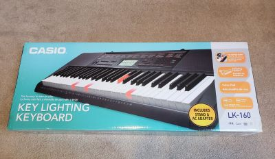CASIO LK-160 KEY LIGHTING KEYBOARD WITH STAND AND AC ADAPTER