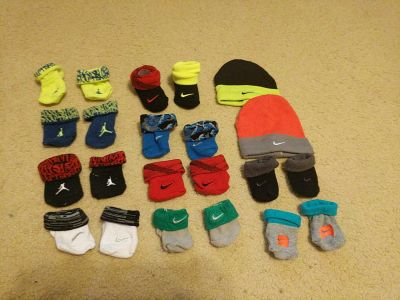 Nike newborn socks and hats