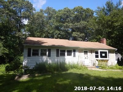 Foreclosure Property in Gales Ferry, CT 06335 - Richard Rd