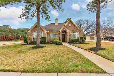 14911 Redbud Leaf Lane Cypress Three BR, Spacious Open Design One