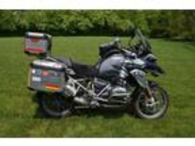 2015 BMW R-Series R1200GS Loaded