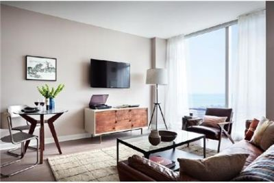 1 bedroom Apartment - If Lake and luxurious is what you are looking for.