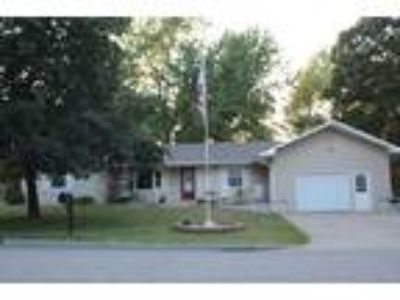 $134500 Three BR 2.00 BA, Maryville