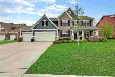 15896 Eastpark Court Noblesville, Well maintained Five BR