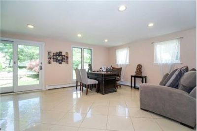 House in quiet area, spacious with big kitchen. 2 Car Garage!
