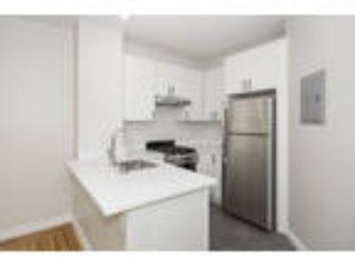 1656 LEAVENWORTH Apartments - 1 Jr. Bedroom One BA Apartment
