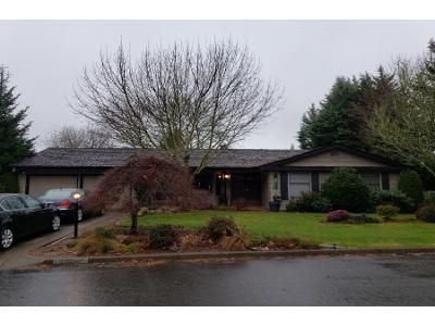 4 Bed 2 Bath Preforeclosure Property in Portland, OR 97224 - SW 126th Ave