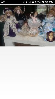 5 porcelain dolls.great condition.asking 150$ for all