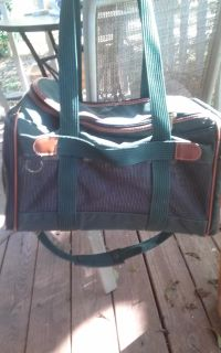 Sherpa pet carrier airline approved
