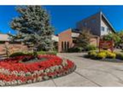 Idylwood Resort Apartments - One BR, One BA 525 sq. ft.