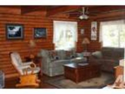 $188 / 3 BR - Awesome Tahoe Cabin, 2 Blocks to Lake Hot Tub,