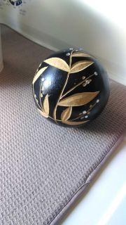 Decor wooden ball, does not match the others I have very well. About 4 inch diameter