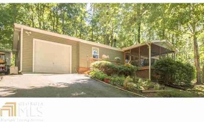 185 Bass Ridge Dr Blairsville Two BR, immaculate 2/2