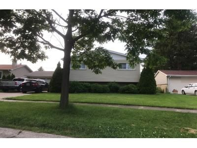 1.5 Bath Preforeclosure Property in Des Plaines, IL 60016 - Norman Ct