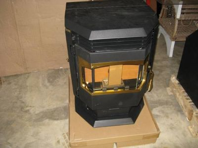 New Pellet Wood Stove Bay Window 28000 BTU Furnace