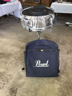 GREAT CONDITION - Pearl Snare Drum