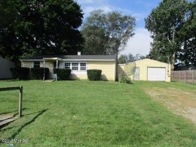 3 Bed 1 Bath Foreclosure Property in Coldwater, MI 49036 - Cadet Rd