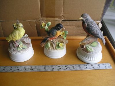 BIRD MUSIC BOXES