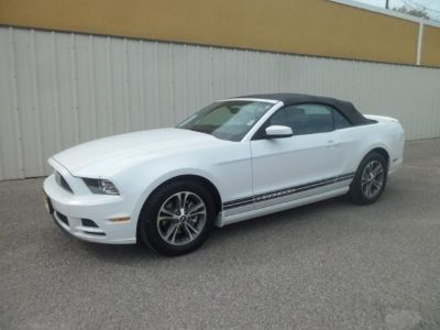 $22,995, 2014 Ford Mustang V6 PremiumIUM