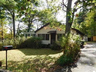 1 Bed 1 Bath Foreclosure Property in West Milford, NJ 07480 - Cliff Rd