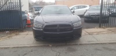 2014 Dodge Charger SE (Black)