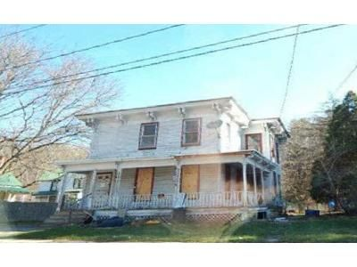 4 Bed 2.5 Bath Foreclosure Property in Fonda, NY 12068 - Broadway