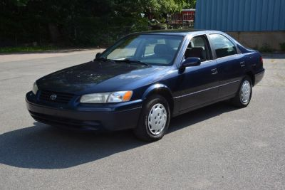 1999 Toyota Camry XLE (Blue)