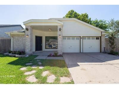 2 Bed 2 Bath Foreclosure Property in Missouri City, TX 77489 - Willow Wisp Dr