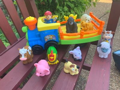 Little People Choo choo train with working sounds & (11) Animals & (1) Characterwith batteries