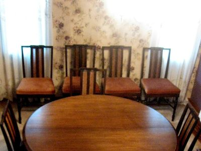 walnut table with 5 leave and 8 chairs