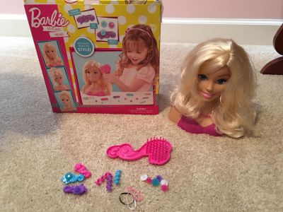Barbie styling head, brush, & accessories