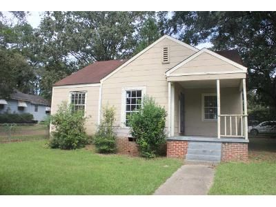 3 Bed 1 Bath Foreclosure Property in Jackson, MS 39212 - Woody Dr