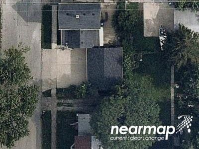 2 Bed 1 Bath Foreclosure Property in Davenport, IA 52802 - Fillmore St