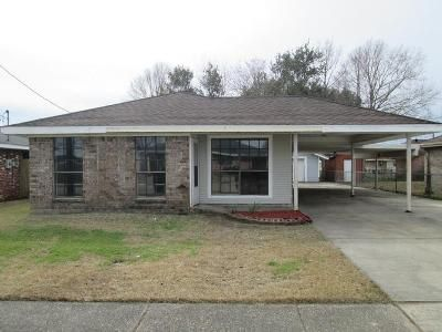 3 Bed 2 Bath Foreclosure Property in Houma, LA 70363 - Firwood Dr