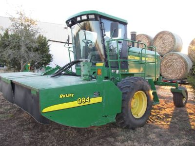 2004 John Deere 4995 Windrower