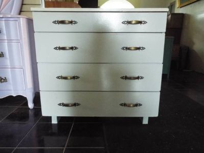 Chest of Drawers*Solid Wood*4 drawers*Vintage*Ex Cond*