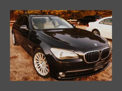 2010 BMW MDX 750Li xDrive (Azurite Black Metallic)