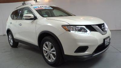 2016 Nissan Rogue SV (WHITE)