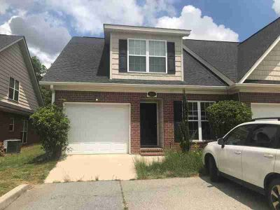 838 Landing Drive GROVETOWN Three BR, End unit townhome