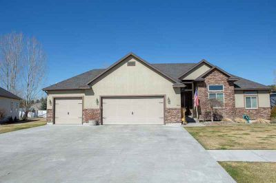 2969 Von Elm Drive Blackfoot Five BR, Fully finished and