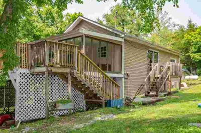 176 Ford Road WINCHESTER Three BR, This home is priced to sell!