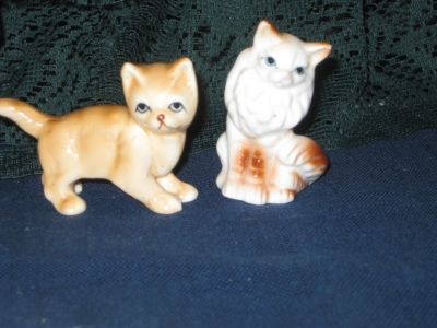 Two Vintage miniature kittens