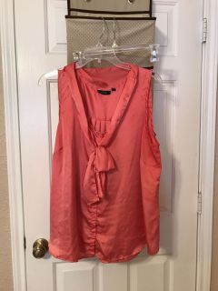 Women's 1X coral/pink blouse. $4