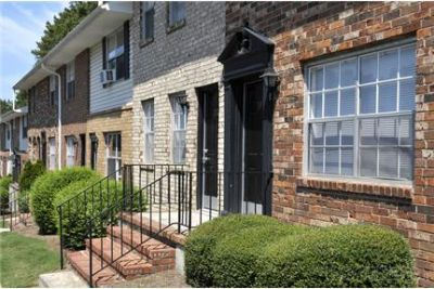 Willow Ridge Townhomes offers townhome prices. Pet OK!