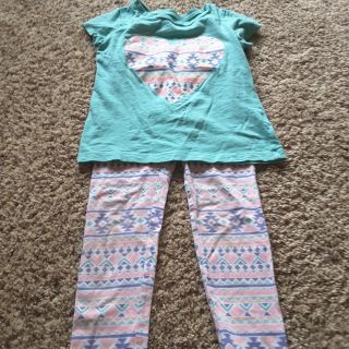 Carters size 6 outfit