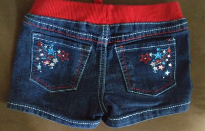 Size 4 jean shorts, perfect for 4th of July!