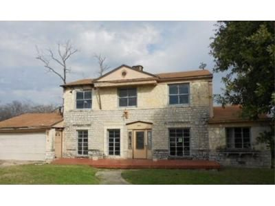 5 Bed 3 Bath Foreclosure Property in San Antonio, TX 78201 - Club Dr