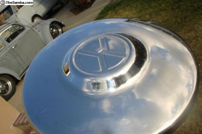 "N.O.S. ""X"" hubcap, 4 lug t3 and bug"