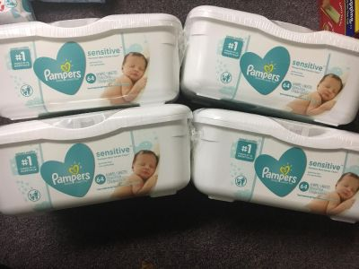 4 Tubs of Pampers sensitive baby wipes 64 wipes per tub